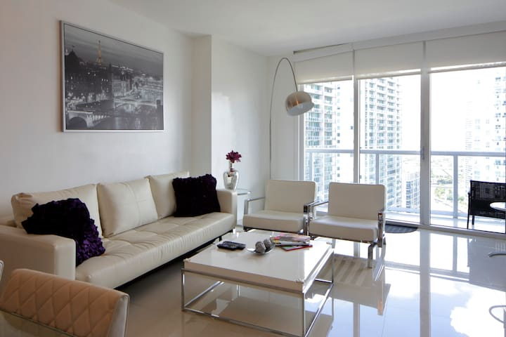 A Gorgeous Appartment Iconbrickell Apartments For Rent