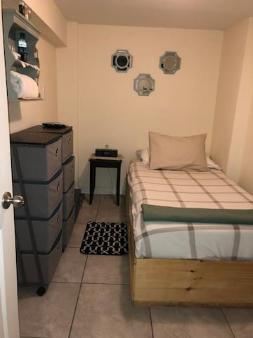 1  ROOM IN A NEW HOUSE IN QUEENS