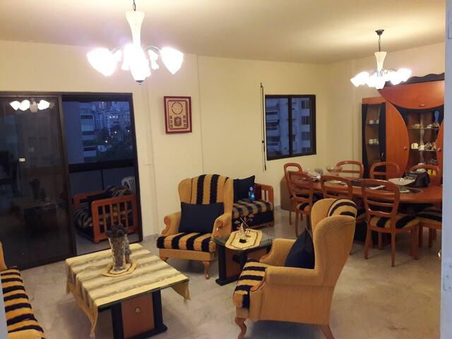 Super Comfortable  & Quiet Room