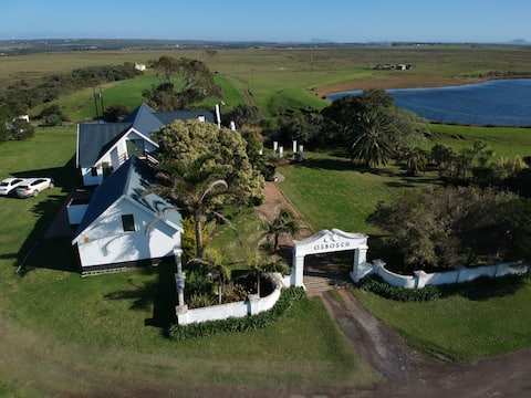 Osbosch Farm Cottage - with views of river and sea