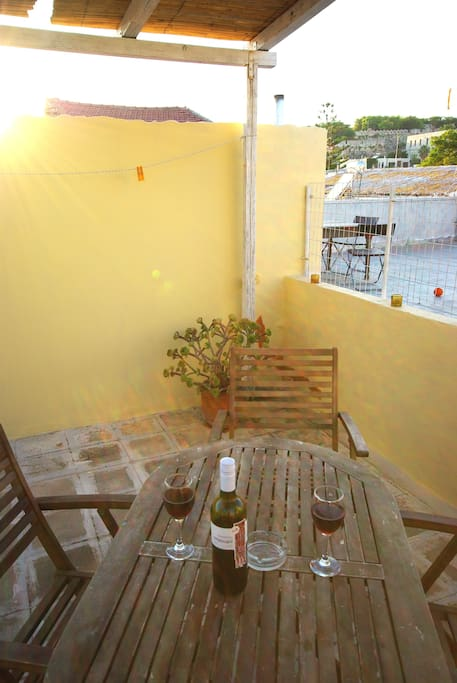 Enjoy an evening drink with views to the castle