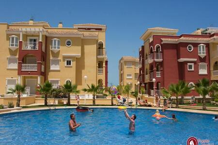 2 Bedroom Apartment with C / Pool T - Los Alcázares