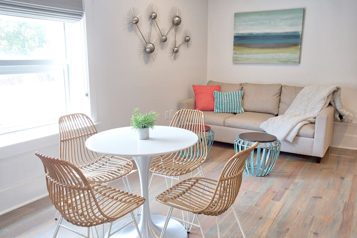 The Folly Suite, a Luxury Condo on King Street!