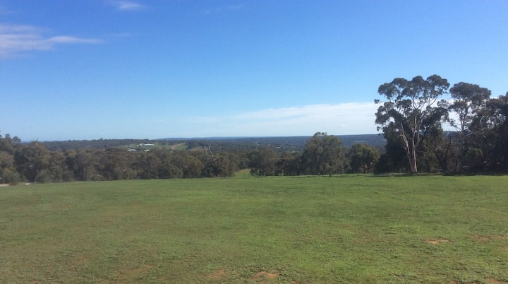 A room with views,hills and valleys north of perth