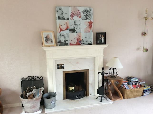 Spacious family home in Saffron Walden - Saffron Walden - House