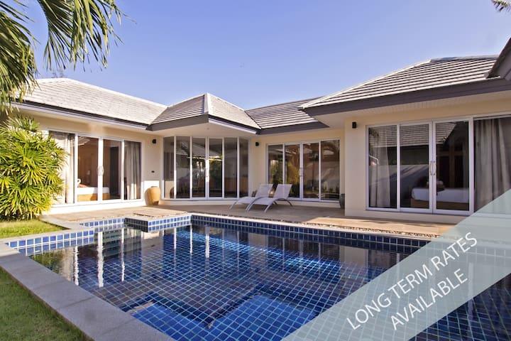 Modern Villa in Calm Area (204)