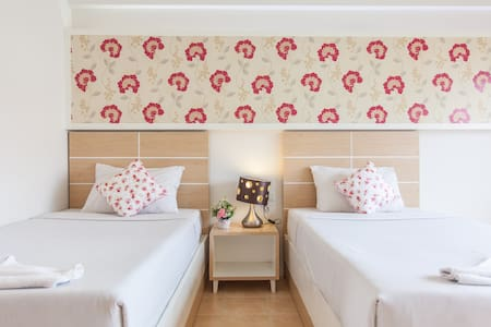 The Greenery Hotel,Twin bed in City