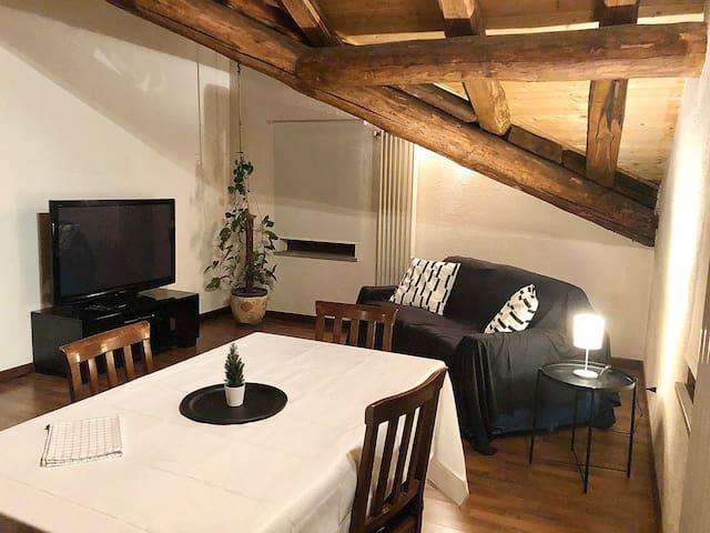 La mansarda di Gabri - pochi minuti da Aosta