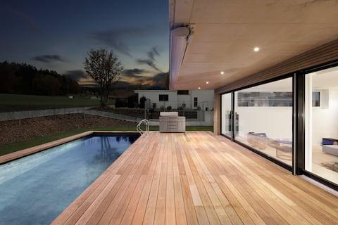高端設計別墅( 350平方米)泳池、熱水浴缸和桑拿房