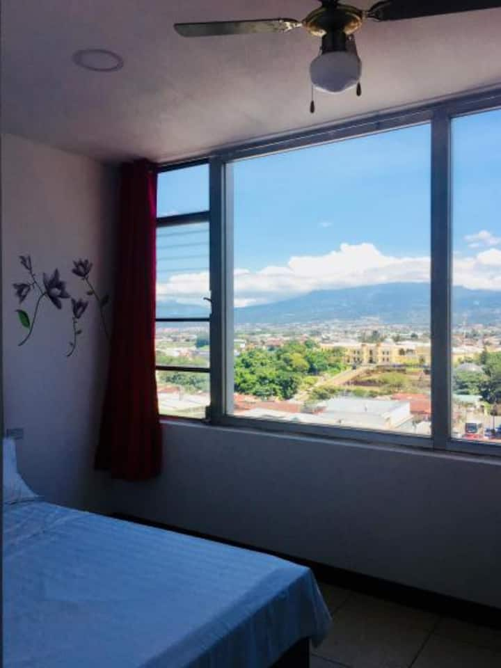 Room in SJ Centro