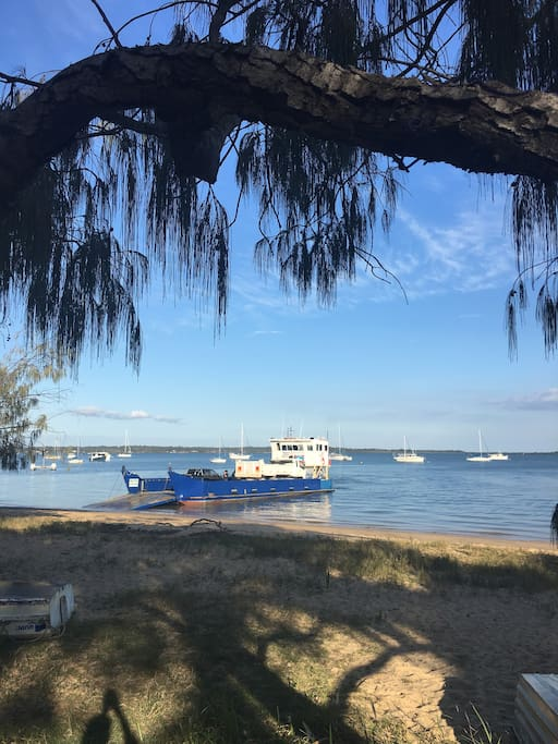 Barge at Main Beach Barge at Main Beach