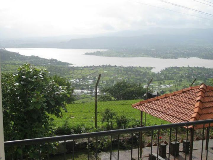 Cozy cottage Heaven in the clouds Khadakwasla,Pune