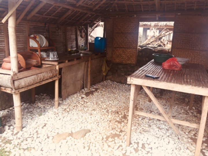 Bahay Pawid Naujan Beach Hut 1 (3pax)