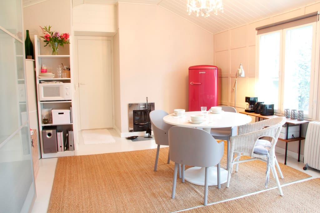 Fridge, microwave, coffee maker, toaster, water boiler and basic tableware provided.