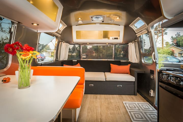 AWESOME WORKER HUB WITH ALL AMENITIES (AIRSTREAM)