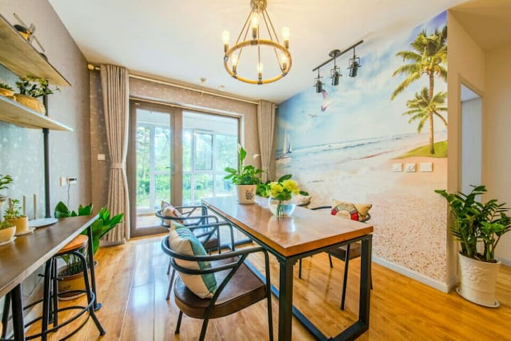 青岛金沙滩Summer旅行客栈酒店式度假公寓