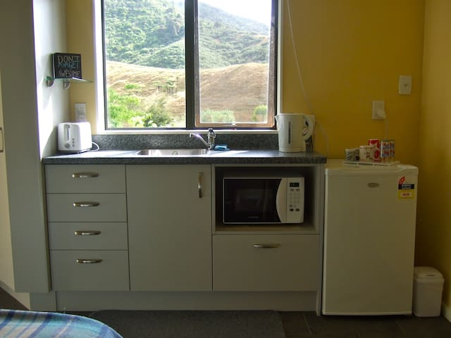 Double Kitchenette Room - Kauri Lane Huntly - Huntly - Haus
