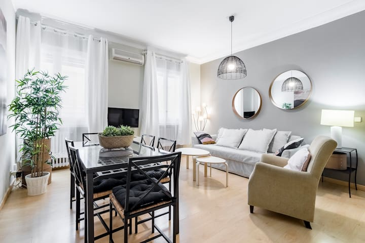 Cozy apartment in Salamanca neigbourhood
