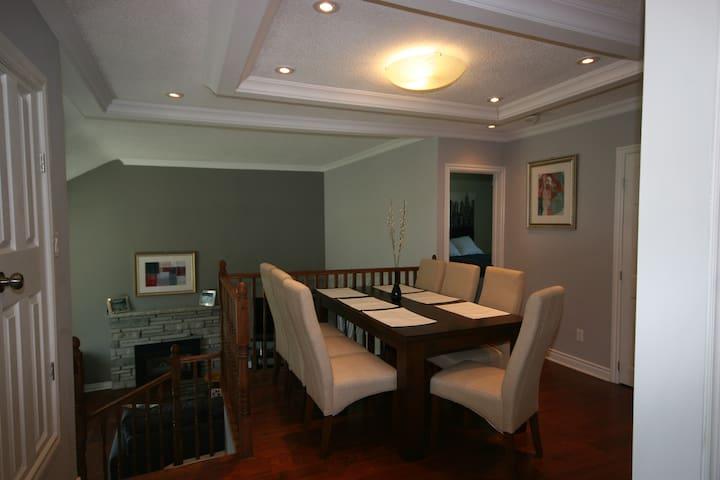Modern Side-Split with In-law Suite - Ottawa - Talo