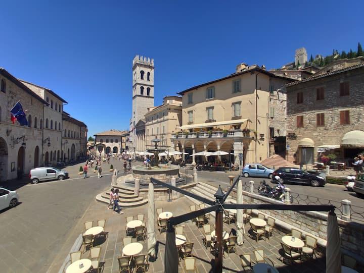 Mazzini 3 - Assisi centro storico con vista Piazza