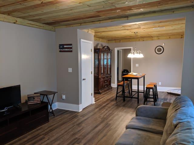 Comfy Craftsman - Cozy Remodeled  home