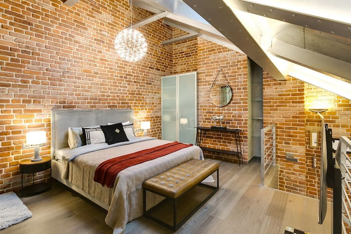 SMART HOST | Wine House River Loft
