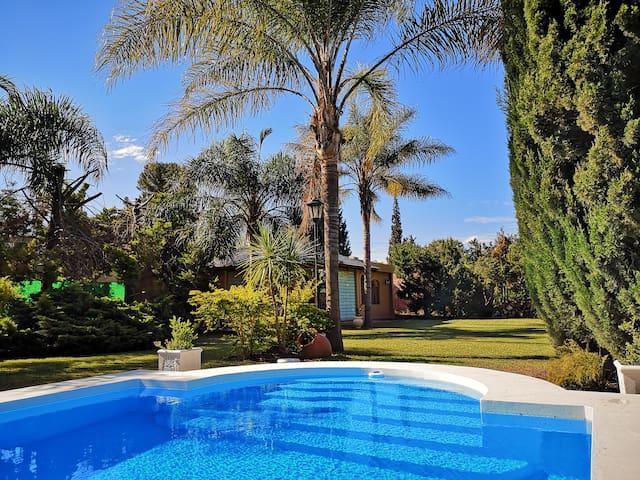 #Hermosa CABAÑA con piscina y naturaleza