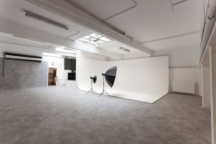 THE AREA - studio fotografico Milano