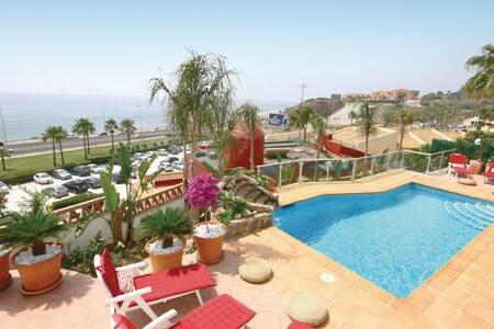 SPECTACULAR VILLA, SEA VIEW - Málaga
