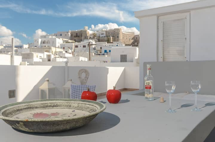 Cozy Comfy 2 BR House-Naxos Town