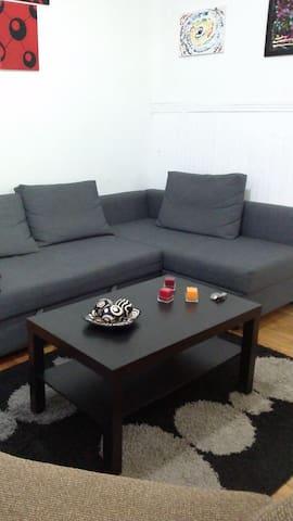 Belle appartement spacieux - Montréal - Flat