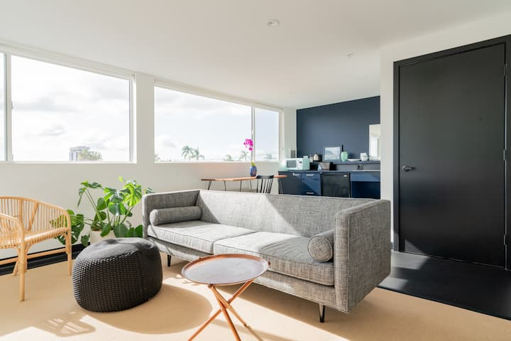 New Stylish Open Room with View (ADA Accessible)