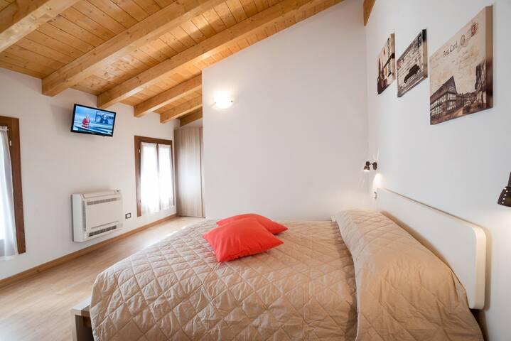 Lago di Fimon, Italy – Airbnb