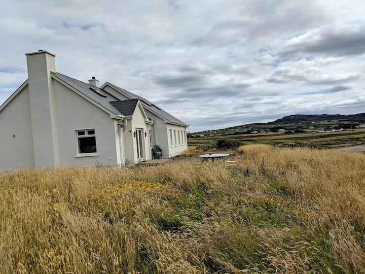 Malinhead Holiday Home on Donegal coast - 4bd 5ba