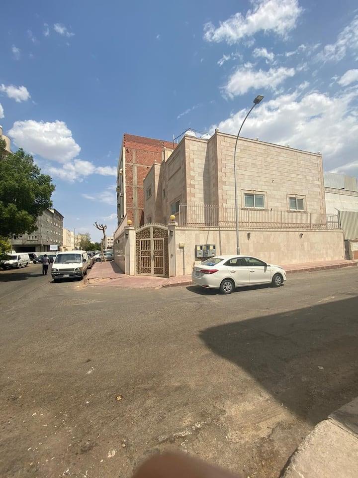 شقة الزهور - AlZuhoor Apartment