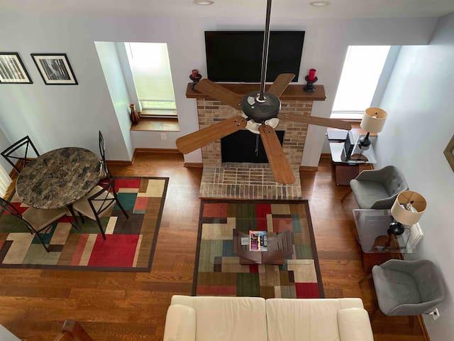 Huge Loft by Bush Garden/Williamsburg/Attractions+