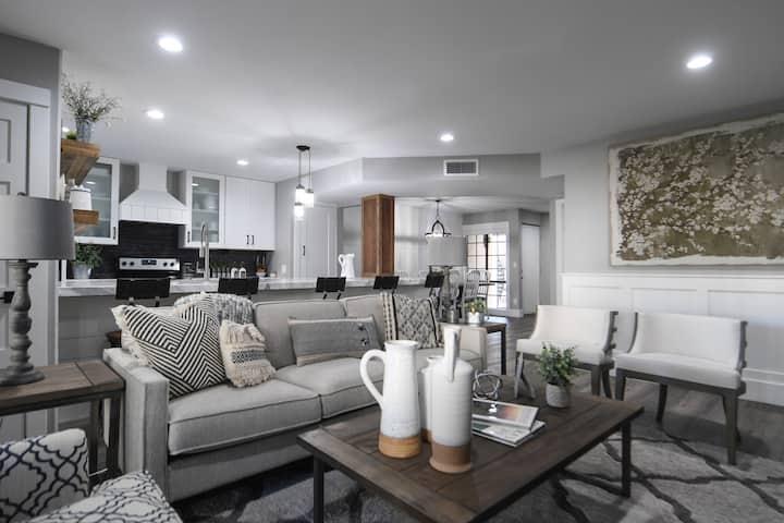 Charming Condominium at the Biltmore Estates