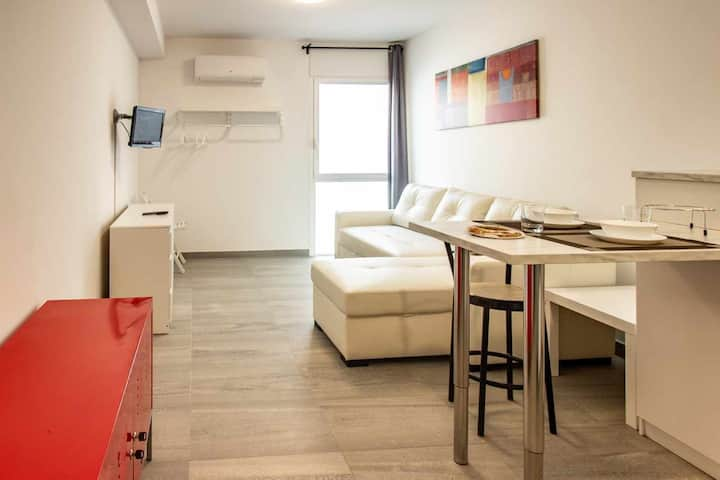 New studio in the center of Banyoles for 2 people