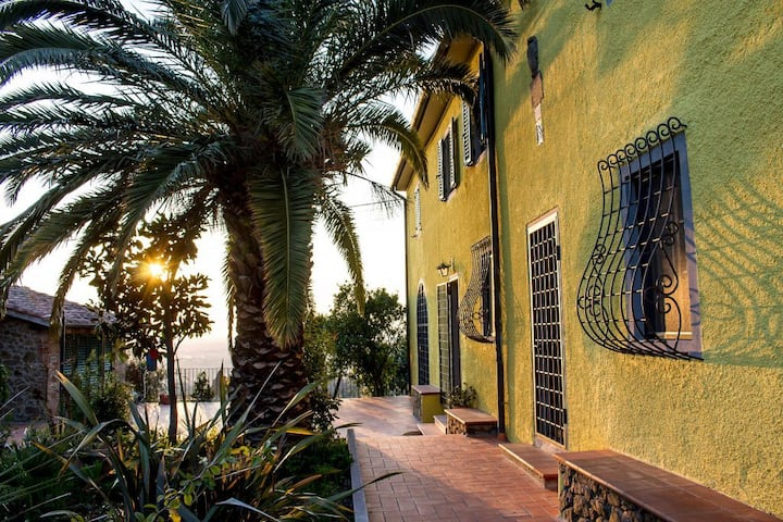 Live the authentic Tuscany