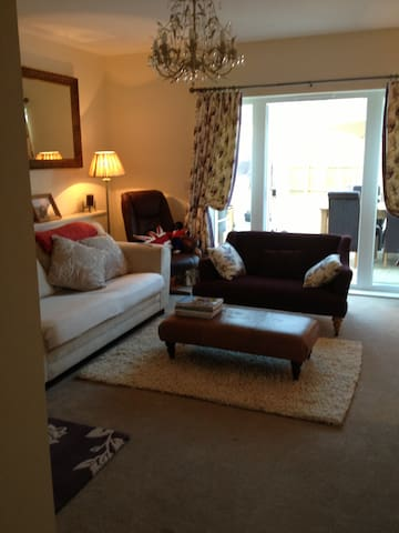 Continental Breakfast, Double Room - Monmouth - Bed & Breakfast