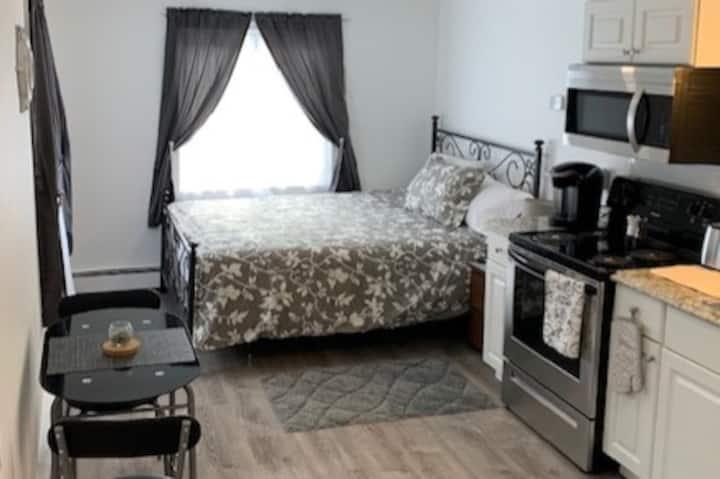 Best Augusta Location- Updated Studio #5