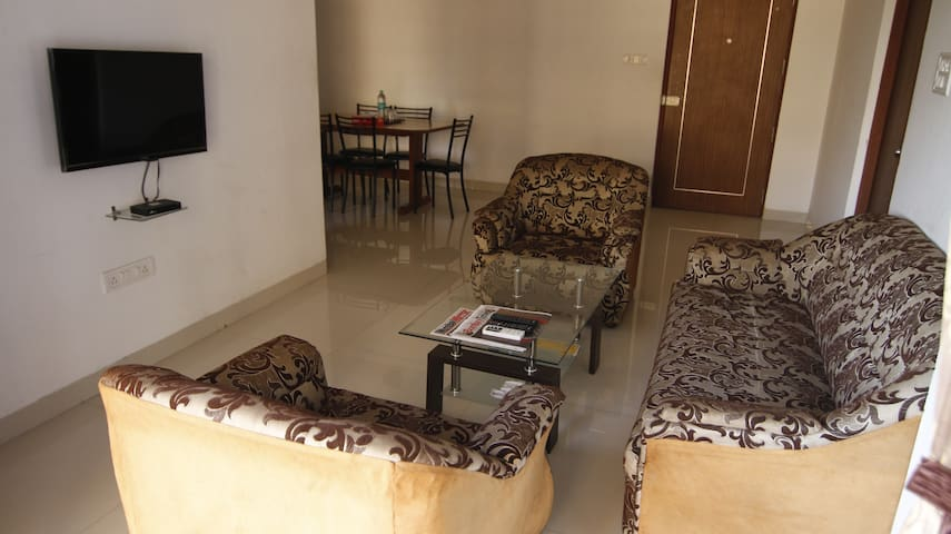 Full furnished apartment in Bandra East, S5