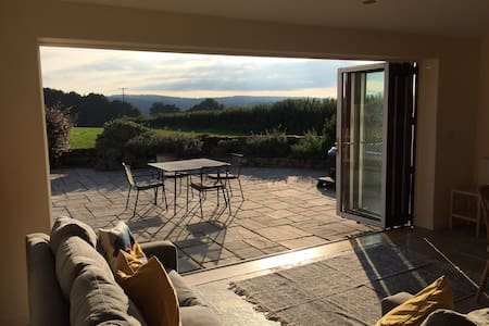 Rural house & hot tub - Wye Valley/Forest of Dean