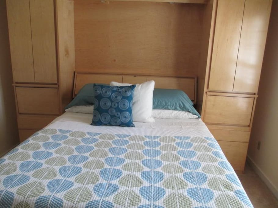 Sunny large room in mission terrace houses for rent in for Murphy beds san francisco