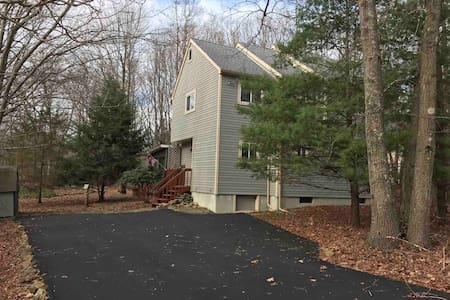 Year Round Rental close to Poconos Attractions