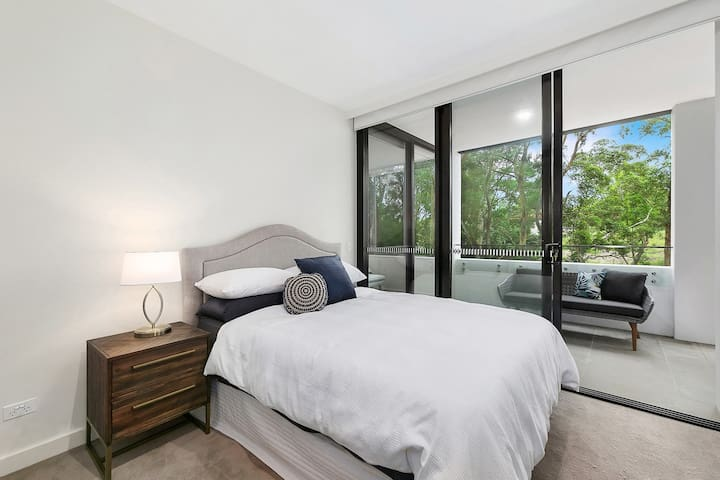 Stylish lux home with hotel grade cleanliness