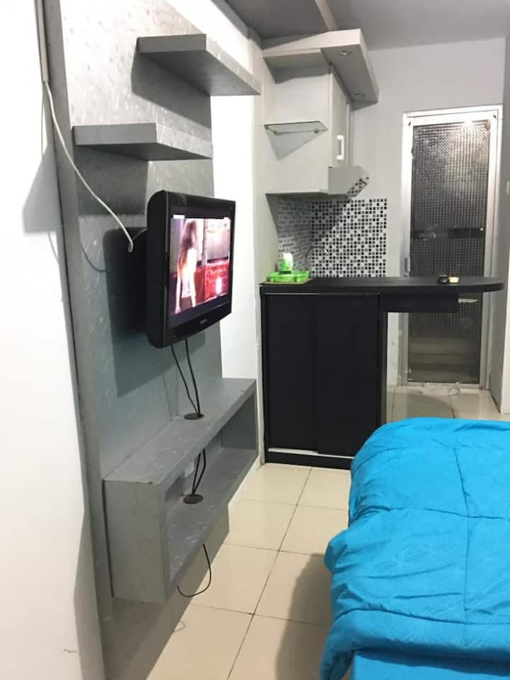 Studio at Onted's Room Apartemen Kalibata City