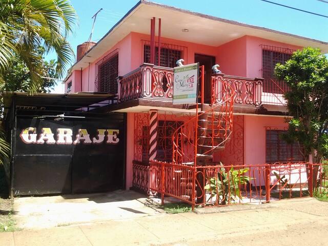 Casa Maty. Sr. Pedro Luperón. Hab. 2
