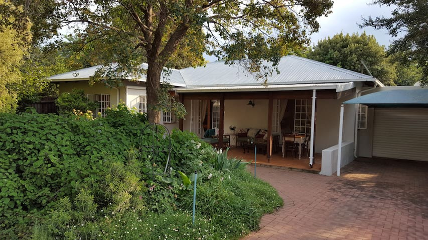 """Cambridge Cottage"" in Craighall"