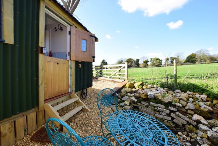 Isle of Wight Retreats - Meadow View
